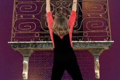 Isabelle Bonadei Dans Isabelle S'Accroche à Bordeaux
