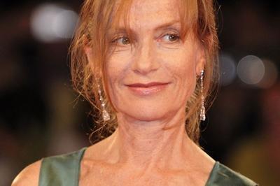 Isabelle Huppert Lit Sade à Lyon
