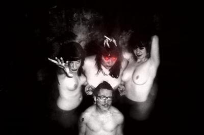 Jc Satan + Prettiest Eyes à Tourlaville
