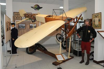 Journées Articulées Autour D'un Pôle, Celui Du Musée De Tradition De La Base Aérienne 702 à Avord