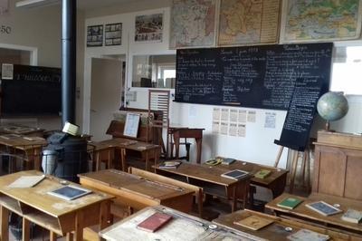 L'école D'autrefois Et Sa Kermesse à Boulogne sur Mer