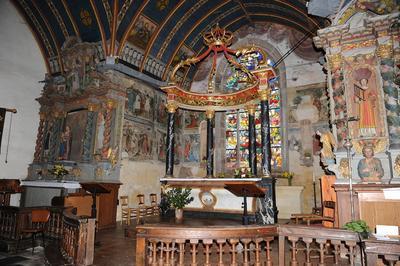 L'église Saint-mériadec De Stival : Un Édifice Surprenant à Pontivy