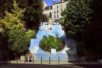 L'escalier Denis Papin se métamorphose en nuage à Blois