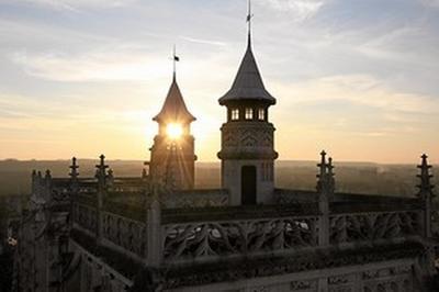L'histoire De L'ancienne Collégiale Royale Et De La Ville Racontée À 56 Mètres De Hauteur. à Abbeville