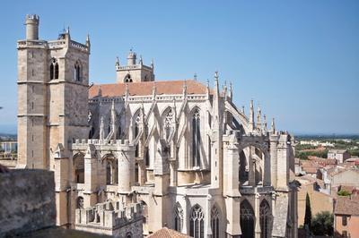 La Cathédrale Saint-just Et Saint-pasteur à Narbonne