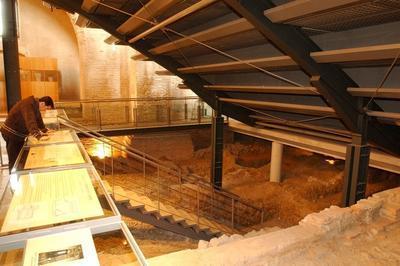La Crypte Archéologique De L'ancienne Église Saint-pierre-des-cuisines à Toulouse