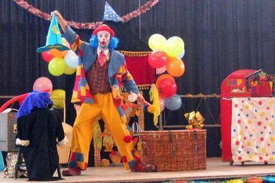 La Folle Aventure Du Clown Barbiche à Avignon