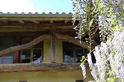La Maison De Terre (en Pisé) : Les Premières Questions À Se Poser Avant De Restaurer à Mottier