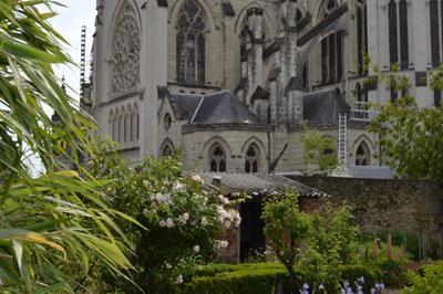 La Première église De Cholet : Saint-Pierre