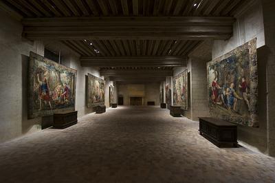 « Du Verre À La Lumière », « Lanternes Magiques Et Fantasmagories » Et La Collection De Tapisseries Restaurée à Chateaudun