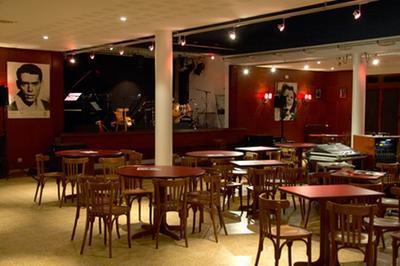 Le Cabaret De L'escale : Un Temple Du Music-hall à Migennes