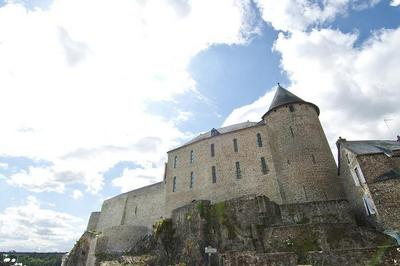 Le Château-fort à Mayenne