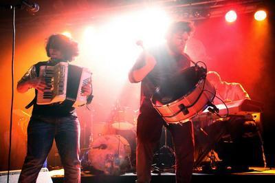 Le Grand Bal avec Rita Macedo & Le Parti Collectif - Festival La Route du Sirque à Nexon