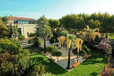 Le Jardin De La Banque Ouvre Ses Portes ! à Hyeres