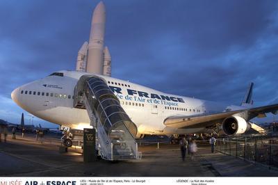 Le Jumbo Jet Vous Ouvre Ses Ailes à Le Bourget