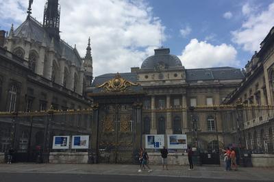 Le Palais De Justice à Paris 1er