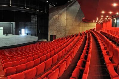 Le Théâtre, Scène Nationale De Saint-nazaire : Théâtre Simone Veil à Saint Nazaire