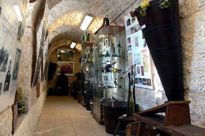 Les Caves De La Confrérie Des Coteaux De Sucy à Sucy en Brie