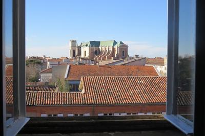 Les Coulisses De La Cathédrale à Montauban