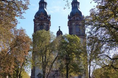 Les édifices Religieux Du 20e Siècle à Vélo à Mulhouse