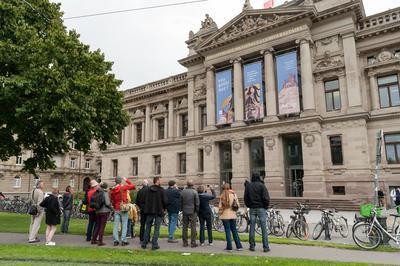 Les Façades De La Bibliothèque Nationale Et Universitaire à Strasbourg