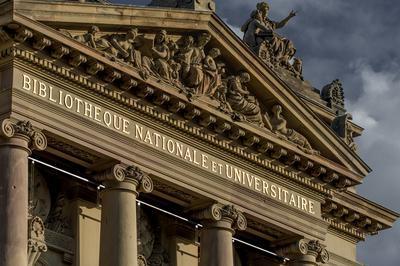 Les Façades : Une Balade En Compagnie Des Intellectuels Du Passé à Strasbourg