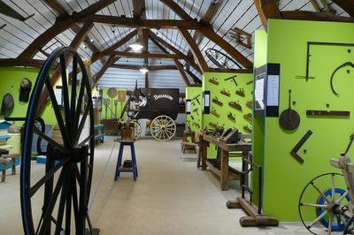 Les Outils De L'agriculture Et De L'artisanat De 1850 À 1950 à Charmont Sous Barbuise