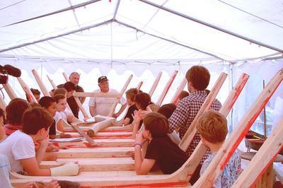Lo Passabiais, Le Passeur De Savoir : Construction D'une Nacelle Traditionnelle De L'étang De Thau à Bouzigues