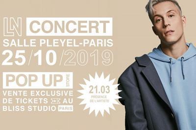 Loic Nottet à Paris 8ème