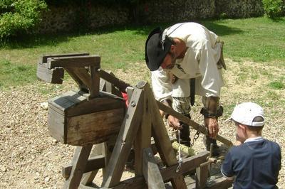 Machines De Guerre Au Moyen Âge à Arville