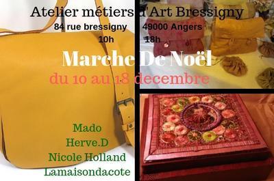 Marche de noel a l'atelier galerie bressigny à Angers
