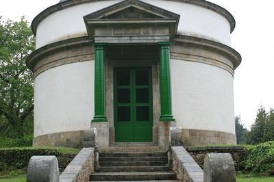 Mausolée De Cadoudal à Auray