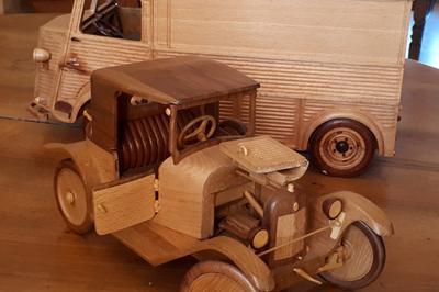 Miniatures Automobiles En Bois à Sainte Consorce