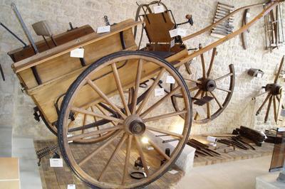 Musée Du Charronnage Et De La Tonnellerie à Coulonges sur l'Autize