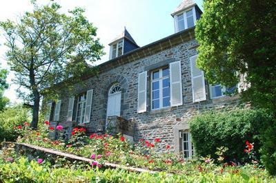 Musée Yvonne Jean-haffen, (maison Jardin Et Exposition) En Visite Libre Ou Guidée à Dinan