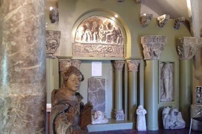 Ouverture du musée de la porte du croux  à Nevers