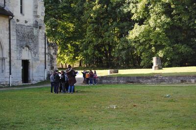 Parcours-découverte Sur Les Thèmes De L'eau Et Des Arbres Pour Scolaires à Saint Ouen l'Aumone
