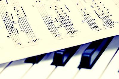 Piano chantant à Rompon