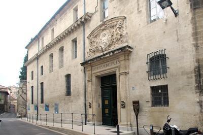 Présentation De L'histoire Du Mont-de-piété D'avignon à Avignon