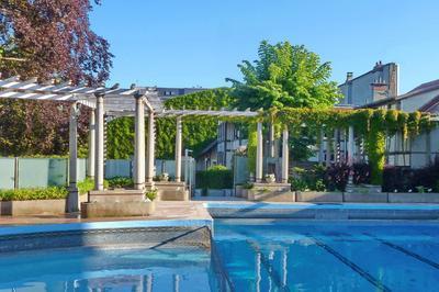 Promenade Dans Les Installations Historiques Du Tennis Club à Reims