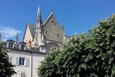 Promenade Sur La Terrasse Louis Xi à Orléans