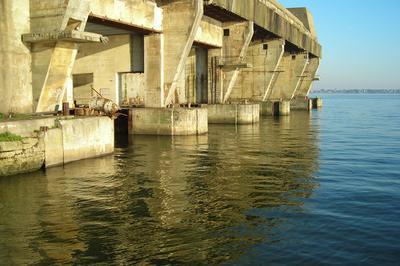 Quatre Regards Sur La Reconversion De La Base à Lorient