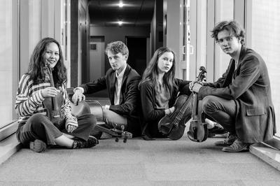 Quatuor lumos : quatuor à cordes à Saint Pierre le Vieux
