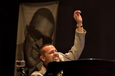 Ray Charles Tribute à Plaisir