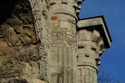 Restauration De La Porte De Mars à Reims