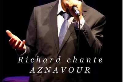 Richard chante Aznavour à Marseille