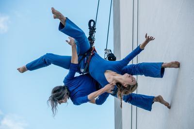 Spectacle De Danse Verticale De La Compagnie Retouramont à Charenton le Pont