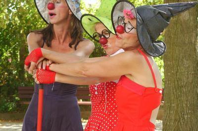 Spectacle : « Il N'y A Pas De Problème Avec Les Femmes », Par La Cie A Vol D'oiseau à Chatillon