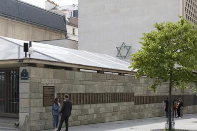 Sur Les Traces De La Présence Juive Ancienne Dans Le Quartier Du Marais à Paris 4ème
