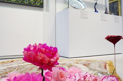 Tapis De Roses : Atelier En Continu Et Oeuvre Collective à Lens